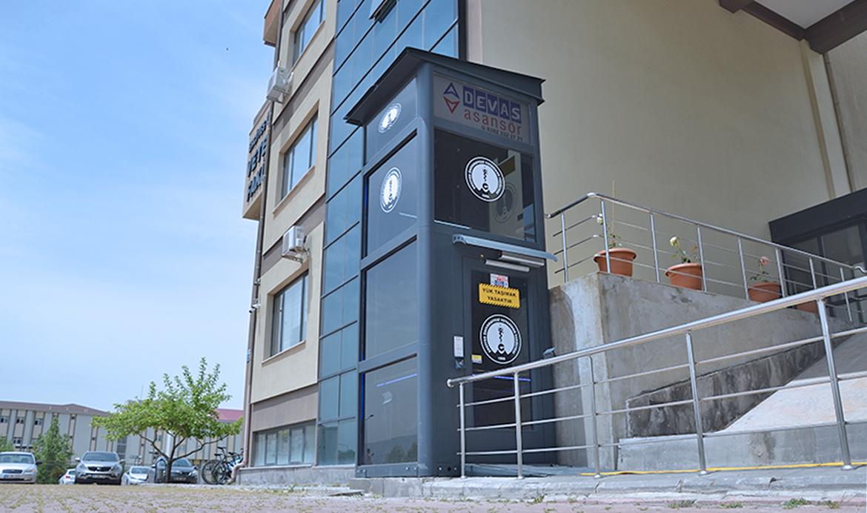 gl400 engelli asansörü